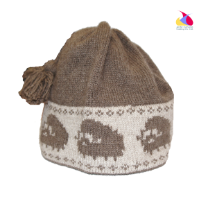 Brown Muskox Qiviut Hat with Muskox Design