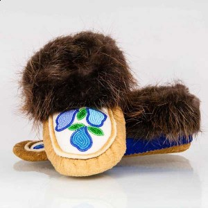 Men's 3/ Women's 4 Hand made moosehide moccasins with blue flower bead design