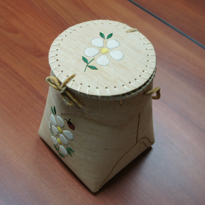 Birch Berry Basket with lid and a porcupine quill design of white flower and ladybug