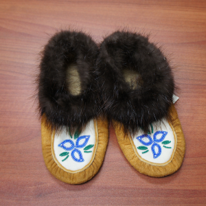 Women's Size 3 Moosehide Moccasins with  Blue and White Flower Beaded Design