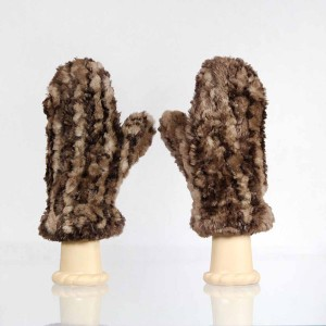 Classic Sheared Beaver Fur Mittens &#8211; Brown