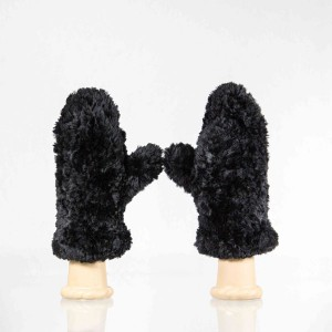 Classic Sheared Beaver Fur Mittens &#8211; Black