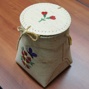 Birch berry basket and lid, porcupine quill design red flower and purple butterfly