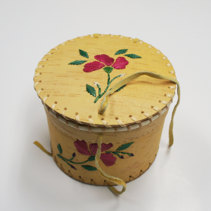 Small Round Birchbark Basket with Pink Porcupine Quill Flower Design