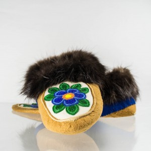Handmade Moccasins Mens 8/ Womens 9 Blue Flower
