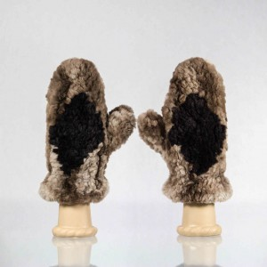 Sheared Knit Beaver Mittens – Brown with Black Diamond