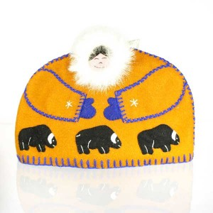 Inuit Tea Cozy – Tan with Muskox Design